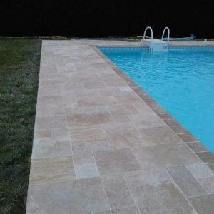 tour de piscine